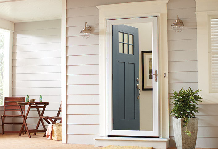how-to-choose-the-right-screen-and-storm-doors-for-your-home-HT-BG-DW-storm-doors-hero